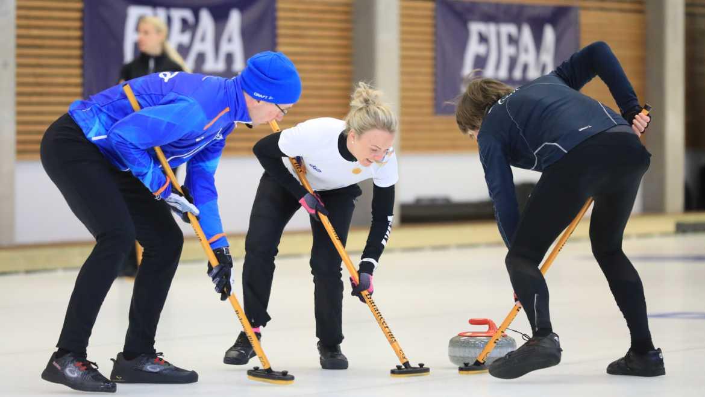 Kevadspartakiaadi curlinguturniir pakkus ootamatu lõppmängu