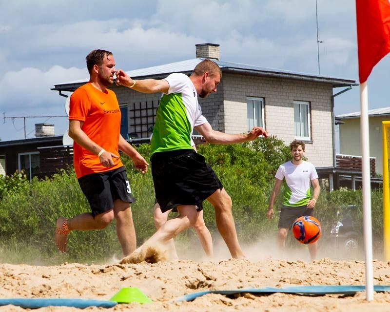 Konkurentidele tuleb ära teha, selle tõttu on SEB vs Swedbank mängud alati põnevad! Pilt: Kaimo Puniste, Suvespartakiaad'18